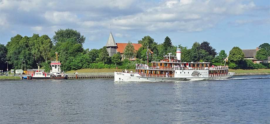 Ferrienwohnungen und Raddampfer Nord-Ostsee-Kanal